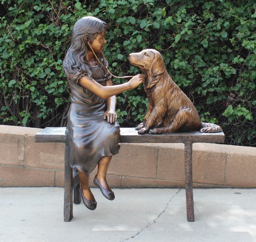 Bronze statues to accent your outdoors