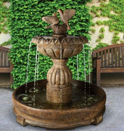 Paloma Cascada Fountain in Rondo Pool